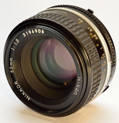 50mm_18_ais_front