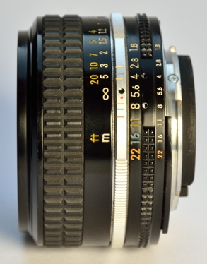 50mm_18_ais_side