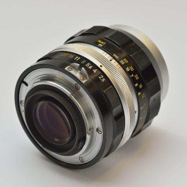 nikkor-p_auto__105mm_f2-5_1